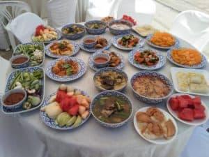 อาหารทำบุญเลี้ยงพระ